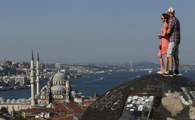 Turizmde sadece İstanbul'un kaybı 1 milyar euro!