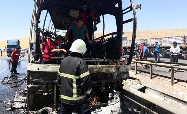 Yolcu otobüsünde yangın: Yaralılar var