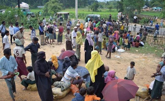 18 binden fazla Arakanlı Müslüman Bangladeş'e kaçtı