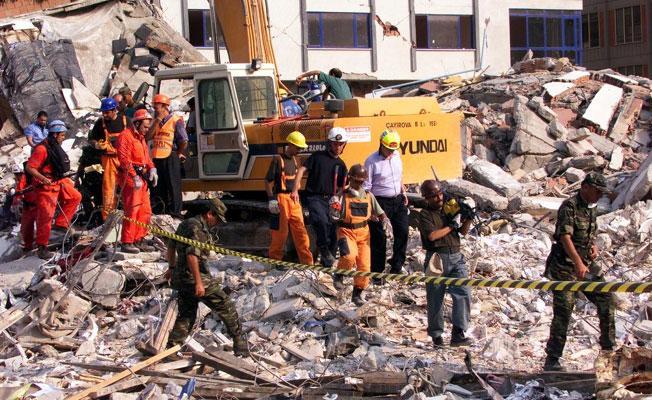 Alman deprem uzmanı: İstanbul depremi 7.4 büyüklüğünde olabilir