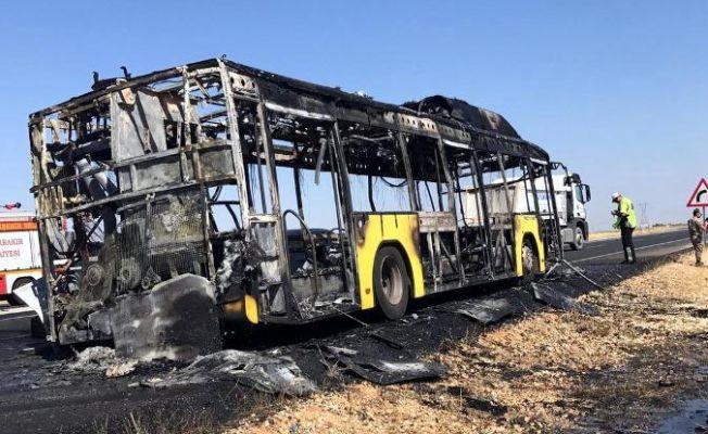 Diyarbakır'da belediye otobüsü yandı