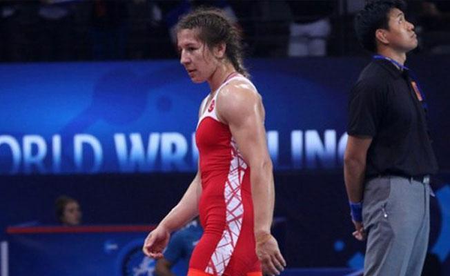 Dünya şampiyonu Yasemin Adar madalyasını şiddet gören kadınlara adadı