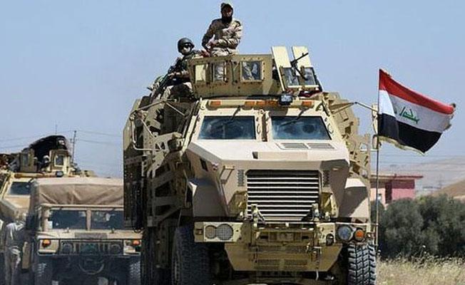 Irak ordusu Telafer'in merkezine girdi: Telafer Kalesi'ne Irak bayrağı asıldı