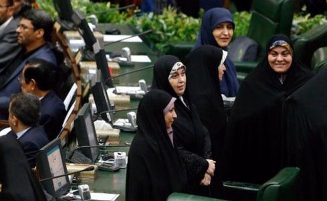 İran Cumhurbaşkanı Ruhani, tepkiler üzerine iki kadını yardımcılığına atadı