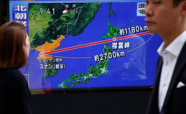 Kuzey Kore'nin fırlattığı balistik füze Japonya'nın üzerinden geçerek, denize düştü
