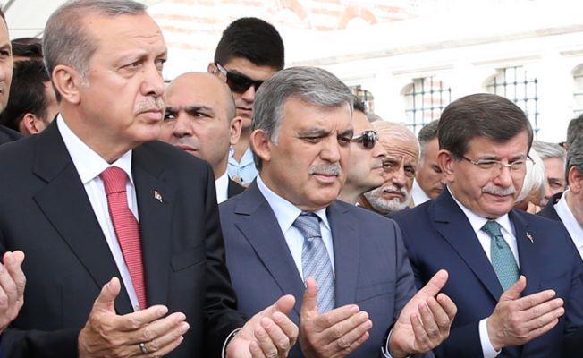 """""""Tek tip kıyafeti Erdoğan, Davutoğlu ve Gül'ün giymesi gerekmez mi?"""""""