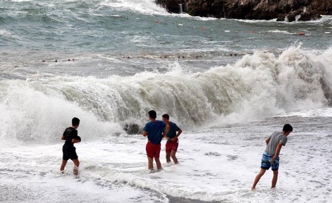 Zonguldak'ta denize girmek yasaklandı