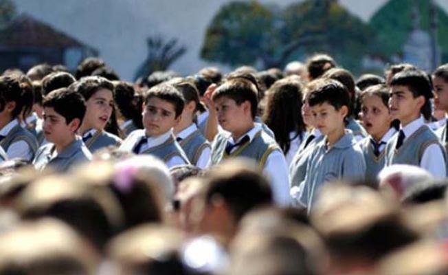 17 milyon öğrenci yarın ders başı yapıyor