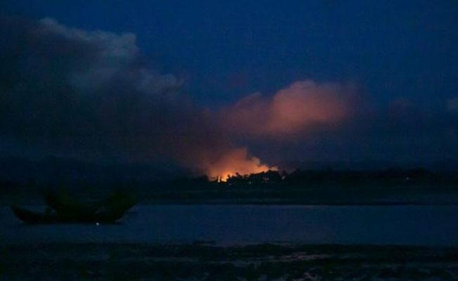 Af Örgütü: Myanmar ordusu sistematik bir şekilde köyleri yakıyor, bu etnik temizlik