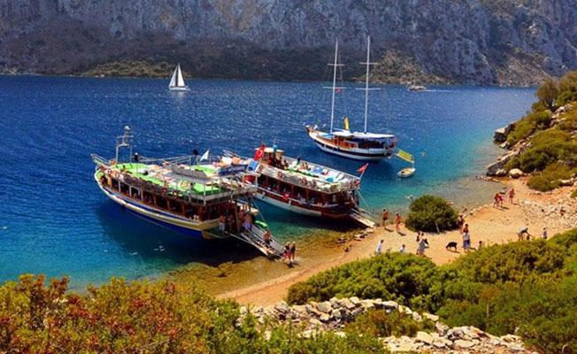 Bakanlık Yunan adalarına seferleri yasakladı