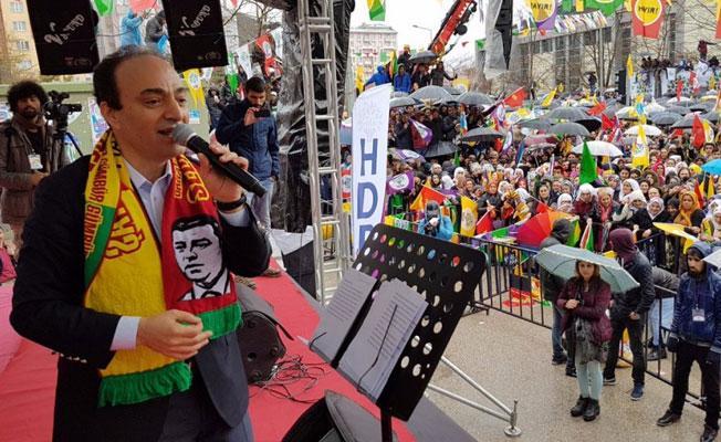 Baydemir: Güney Kürdistan halkı Kürt değil de Türkmen olsa tavrınız ne olurdu?