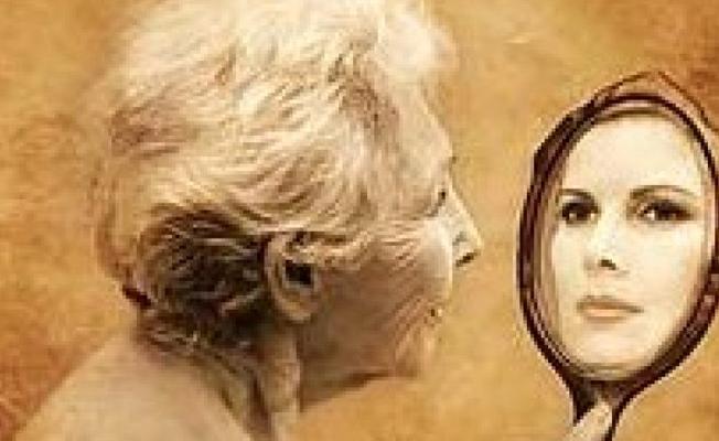 """""""Bilim insanları yaşlanmayı yavaşlatmanın yöntemini buldu"""" iddiası"""