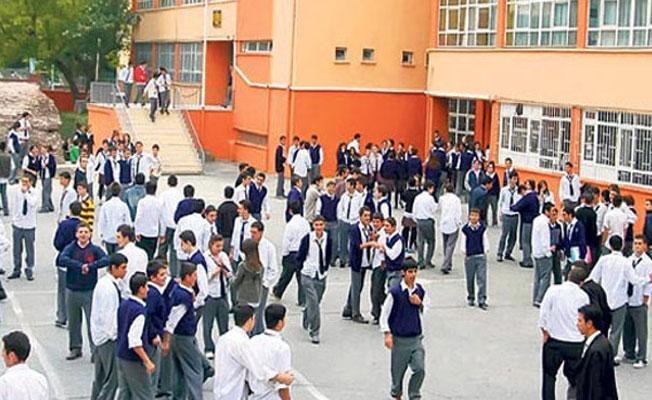 Bursa'da cuma namazına katılmayan öğrenciler fişleniyor