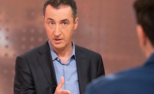 Cem Özdemir: Erdoğan bir devlet başkanı değil, aksine bir rehineci