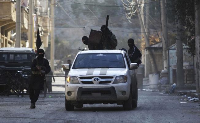 El Nusra, 'Savaşa devam' dedi