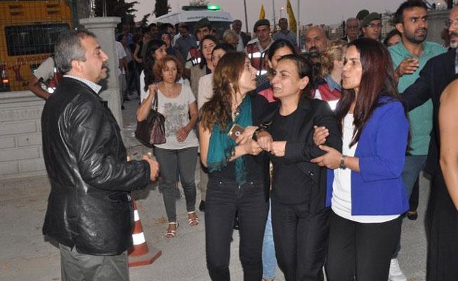 HDP'li Tuğluk'un annesinin cenaze saldıran 19 kişiye hapis istemi