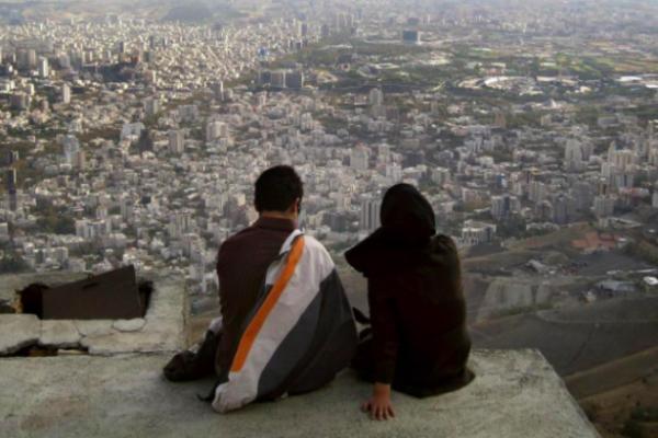 İran'da yaygın pornografi kültürü, cinsel şiddeti körüklüyor