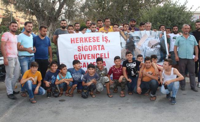 İzmir'de, Türkiyeli ve Suriyeli işçiler ortak eylem yaptı