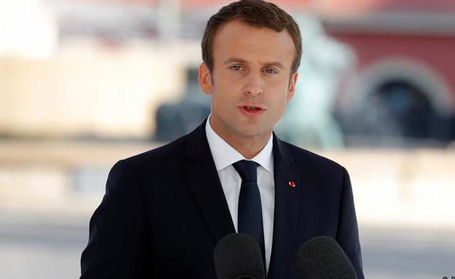 Macron: AB-Türkiye görüşmeleri devam ettirilmeli