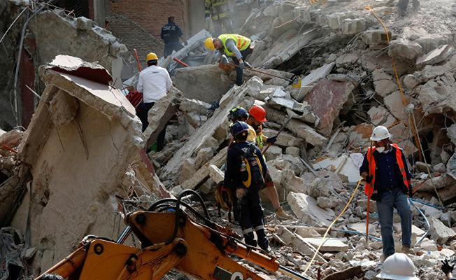 Meksika'daki depremde ölenlerin sayısı 226'ya çıktı