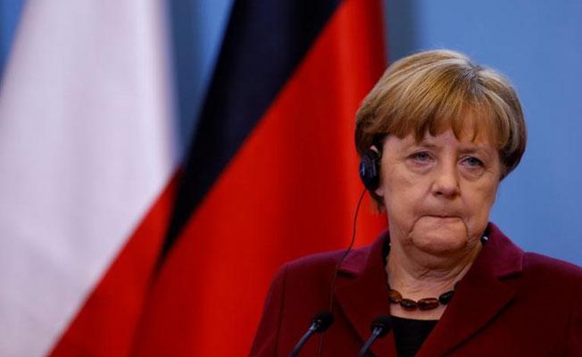Merkel: Türkiye'deki sorunların Almanya'ya taşınmasını istemiyoruz