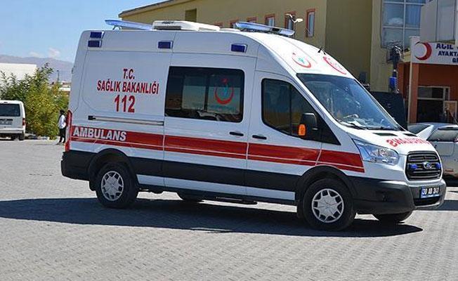 Şemdinli'de korucuların aracının geçişi sırasında patlama