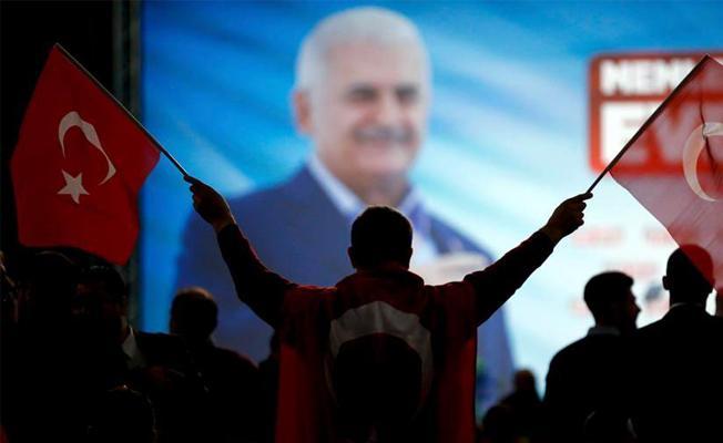 AKP anketlerinde büyük düşüş: Belediyelerin oy oranı partinin oy oranının çok altında