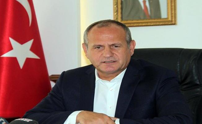 AKP'li Düzce Belediye Başkanı istifa etti
