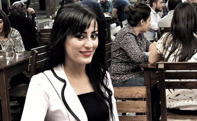 'Çocuklar ölmesin' dediği için hapis cezasına çarptırılan Ayşe Öğretmen anne oldu