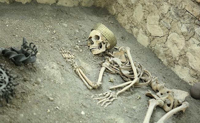 Çorum'daki 4500 yıllık mezarlarda önemli hediyeler bulundu
