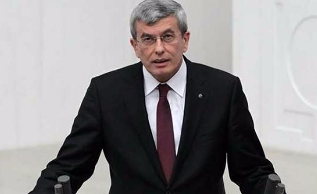 Davutoğlu'nun eski bakanı, Adalet Bakanlığı Müsteşarı İpek görevden alındı