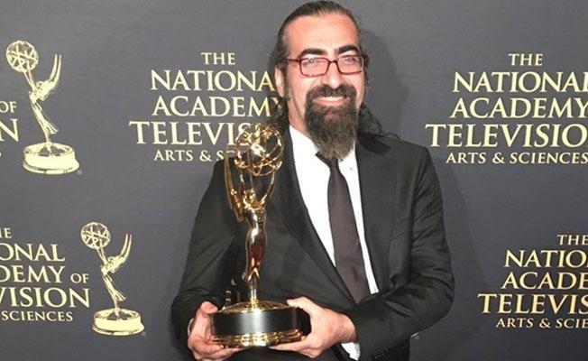 Emmy kazanan gazeteci Engin Baş: Ödülü Suriyelilere adıyoruz