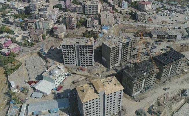 Evleri yıkılan Şırnaklılar Cizre'deki TOKİ'lere yerleştirilecek