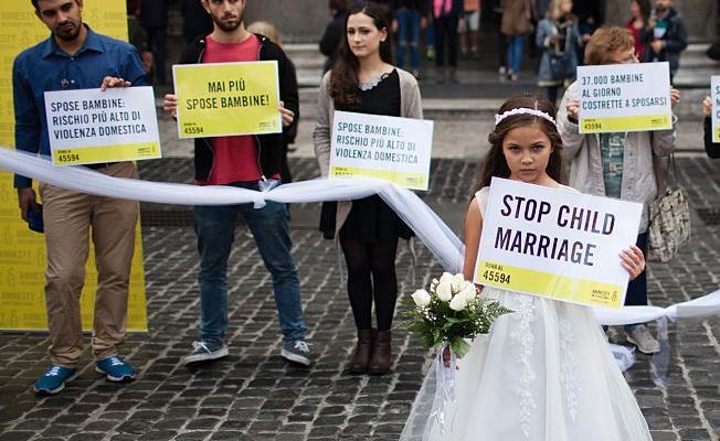 Her yıl 7,5 milyon kız çocuğu evlendiriliyor