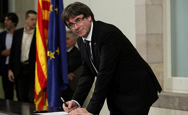 İspanya hükümeti: Görevden alınan Katalan lider seçimlere katılabilir