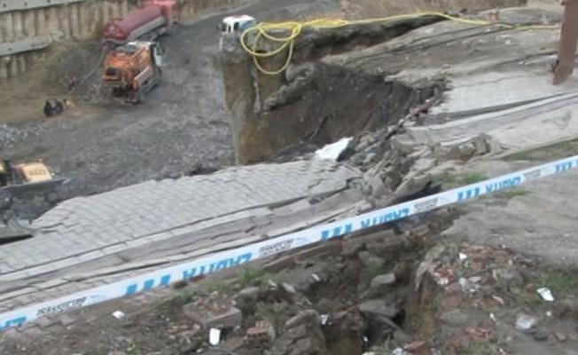 İstanbul'da toprak kayması: Çok sayıda bina boşaltıldı