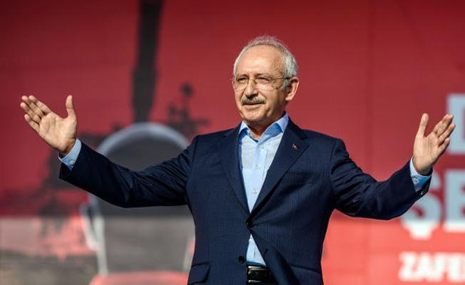 Kılıçdaroğlu: Belediye başkanları istifa tartışması milli iradeye haksızlık