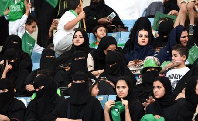 Suudi Arabistan'da kadınlara stadyuma girme hakkı tanınacak