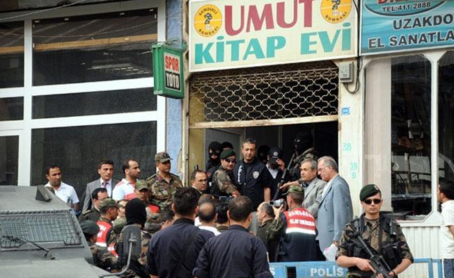 HDP'li Akdoğan:Umut Kitabevi saldırganları serbest, HDP'li vekiller cezaevinde