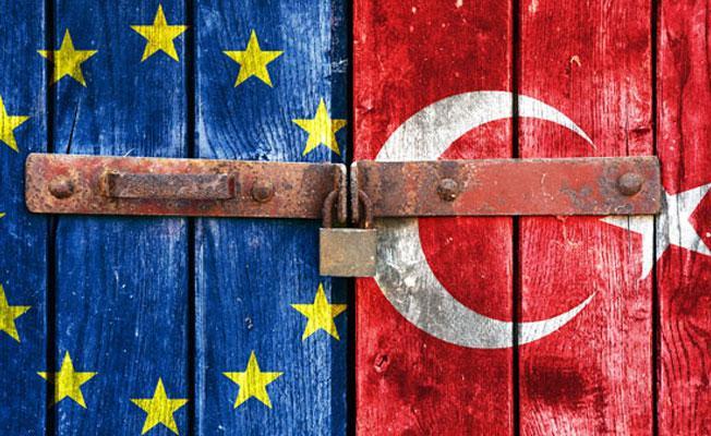 AB'den vizesiz seyahat açıklaması: Türkiye ile son düzlüğe girdik