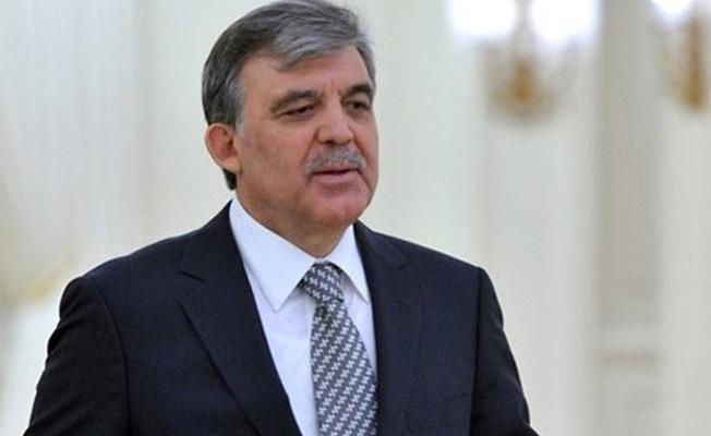Abdullah Gül: Ne acı ki, OHAL'le yönetilen bir ülkeye dönüştük