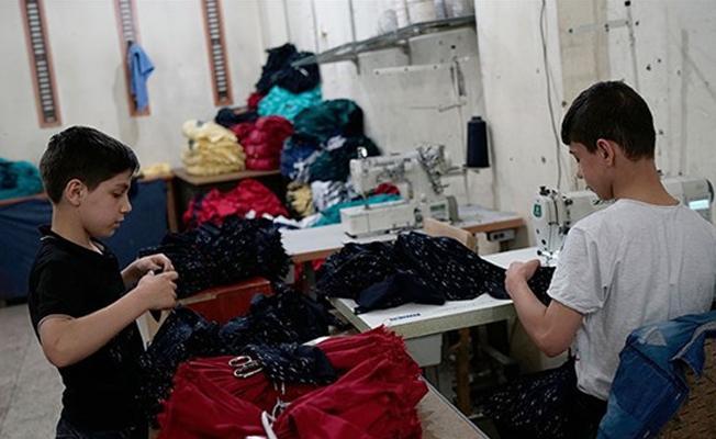"""""""Avrupa'nın büyük giyim markaları Suriyeli mültecilerin sırtından kâr ediyor"""""""