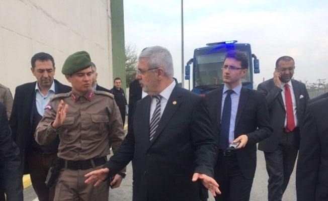 CHP'li Ağbaba: Cezaevlerinde 'işkence var' gidip bakılması gerek, AKP'li Metiner: Geçen yıl baktık ya