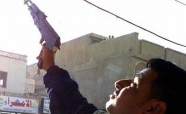 Davetli 'havaya' ateş açtı: Damat, testislerinden vuruldu