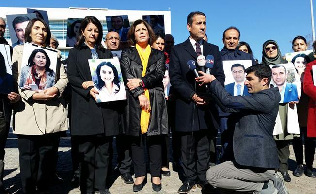 HDP'den AYM önünde Adalet Bakanlığı'na 'militan' tepkisi