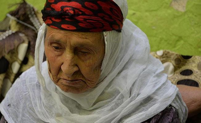 Diyarbakır'da 5 kuşaktan 415 torunu olan kadın hayatını kaybetti