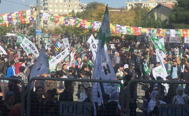 Diyarbakır'da 'özgürlük kazanacak' mitingi