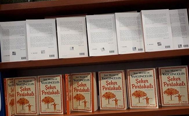 D&R, Demirtaş'ın Seher kitabını raflara ters koyarak sansürledi