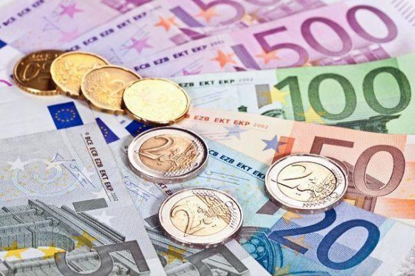 Financial Times: Merkez Bankası'nın yatırımcıların güvenini kazanması zor