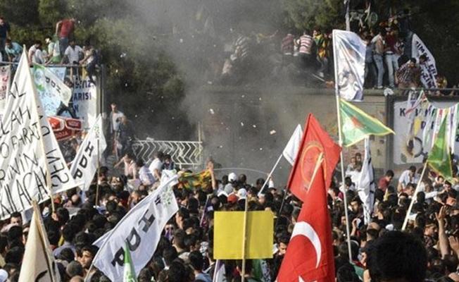 HDP'nin Diyarbakır mitingine saldırıyla ilgili 14 polise dava